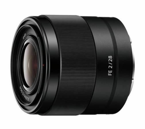 Photo Used Sony 28mm F2 - $250 (Albuquerque)