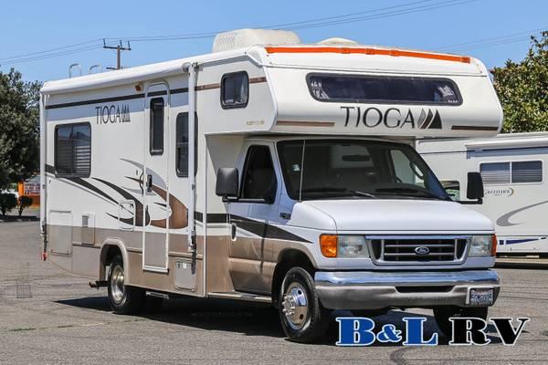 Photo 04 Fleetwood Tioga 24ft Class C Corner Bed Low Miles - $38,898 (Sacramento)
