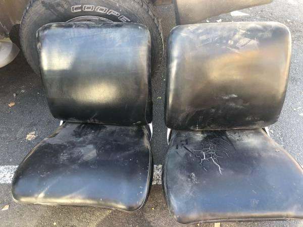 Photo 1964-65 chevelle Gto 442 bucket seats - $500 (95722)