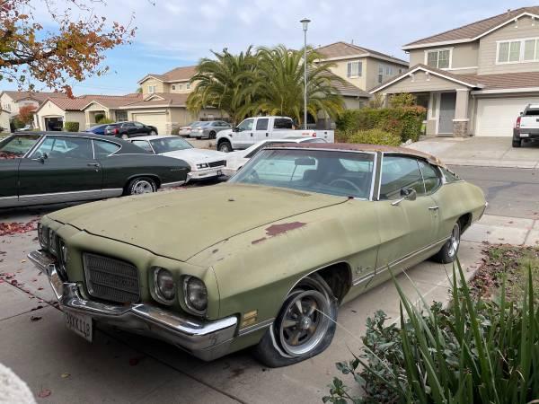 Photo 1972 Pontiac Luxury Lemans 400 - $4,700 (Elk grove)