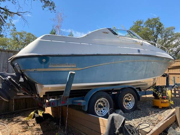 Photo 1993 CrownLine 21ft - project boat - $1500 (El Dorado Hills)