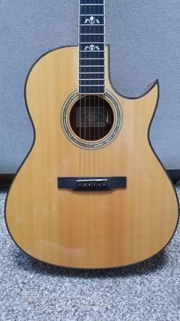 Photo 1995 Larrivee C-19 Koa Guitar - $2,500 (Sacramento)