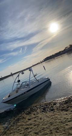 Photo 2000 Bayliner Capri Boat  Mercruiser 3.0 - $12,500 (Elk Grove  Sacramento)