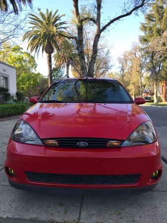 Photo 2002 Ford Focus SVT 6spd low mileage - $4500 (Rocklin)