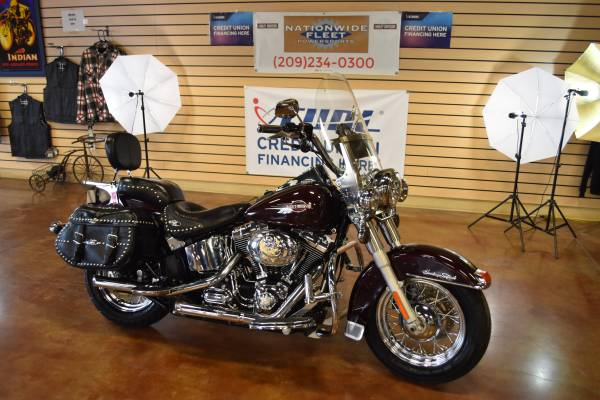 Photo 2007 Harley Davidson Heritage Softail Classic FLSTC New Trade In - $7,700 (Lathrop)
