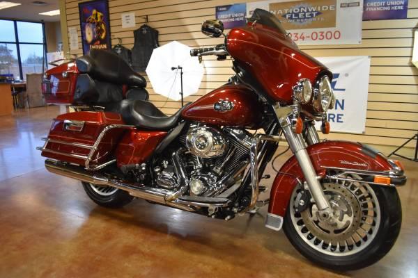 Photo 2010 Harley Davidson Electra Glide Ultra Classic FLHTCU Touring - $8,600 (Lathrop)