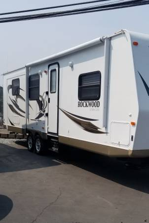 Photo 2012 Rockwood Ultra Light By Forest River Opposing Slide Outs - $21,995 (Auburn ca)