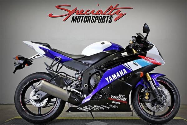 Photo 2015 Yamaha R6 - $7495 (Sacramento)