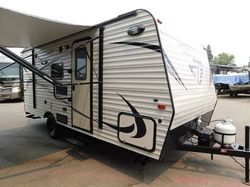 Photo 2016 Keystone Hideout 175LHS with Bunks(Weighs 3,320 lbs) - $16,995 (www.MountainRVsales.C0M)