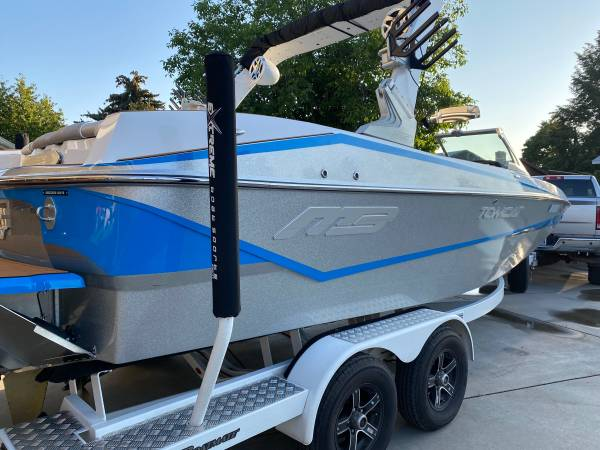 Photo 2018 mb sports tomcat - $78,000 (Spokane)