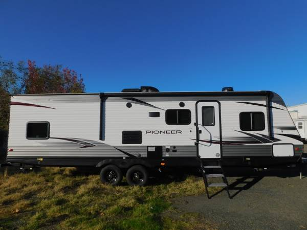 Photo 2020 HEARTLAND PIONEER 31 TRAVEL TRAILER BUNKHOUSE W LARGE SLIDEOUT - $22,500 (GOLD COUNTRY RV)