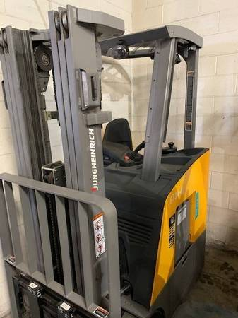Photo 2020 Jungheinrich Forklift Electric Stand Up End Control Three Stage (Sacramento)