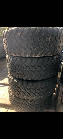 Photo 37s nitto tires - $500 (Fair oaks)