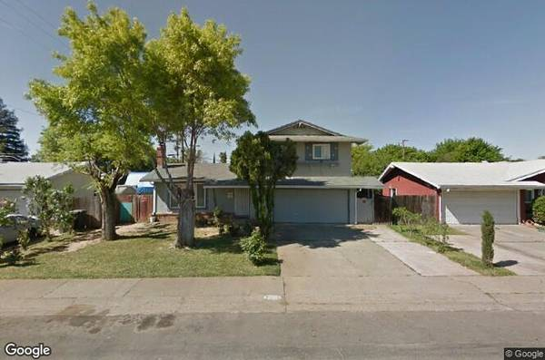 Photo 4 Bedroom  3 Bathroom Home Family Home for Sale - Close to Everything (Rancho Cordova)