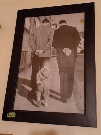 Photo 5039s black and white photo of 3 generations walking on sidewalk - $25 (North Sacramento)