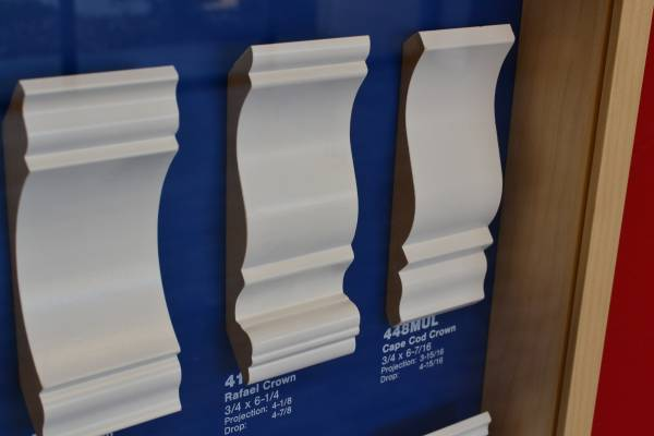Photo 6-14quot Crown Molding in stock New mdf crown moulding. A lot (Sacramento)