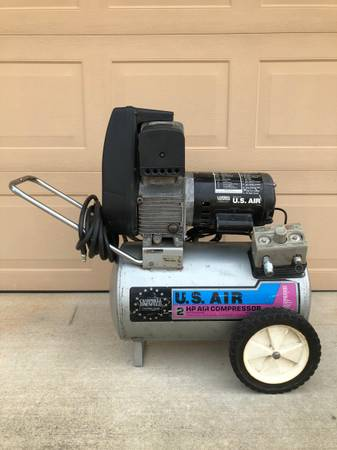 Photo CAMPBELL HAUSFELD AIR COMPRESSOR - $125 (El Dorado Hills)