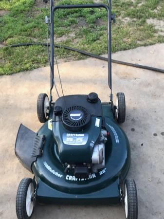Photo Craftsman Lawn Mower - 5.5 HP Push Lawnmower - $50 (Sacramento)