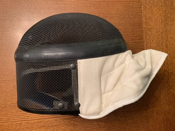 Photo Fencing mask helmet Triplette - $18 (Rancho Cordova)