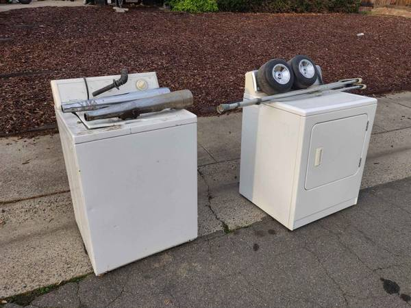 Photo Free working washer and dryer, drift trike wheels, leather boots, exhaust (Rancho Cordova)