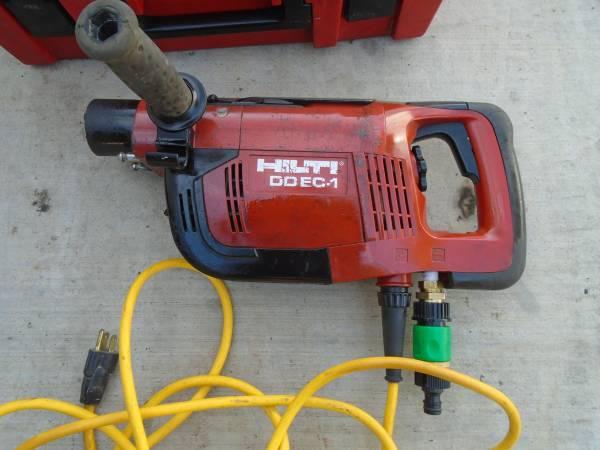 Photo HILTI DD EC-1 CORE DRILL DIAMOND MACHINE - $200 (Sacramento)