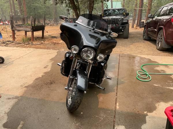 Photo Harley Davidson - $15,000 (Weaverville, Ca)