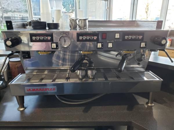 Photo La Marzocco 3 Group Espresso Machine - $8,000 (Sacramento)