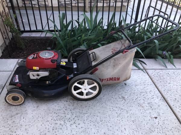 Photo Lawnmower - Craftsman 22 inch front drive - $100 (WoodlandDavis)