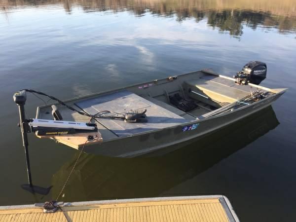Lowe 1448 Mod-V Jon Boat w newer Mercury 20hp (Fair oaks) | Boats