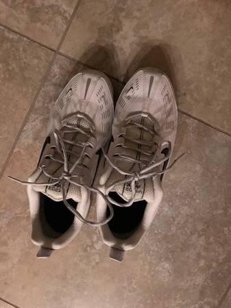Photo Men39s Nike Air VaporMax 360 Running Shoes - $75 (Sacramento)