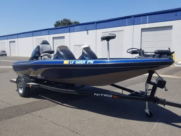 Photo NITRO BASS BOAT - $12,000 (Belmont)
