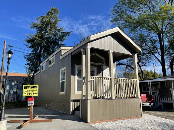 Photo One Bedroom Homes With Bonus Room and Loft Call About 9 (Granite Bay)