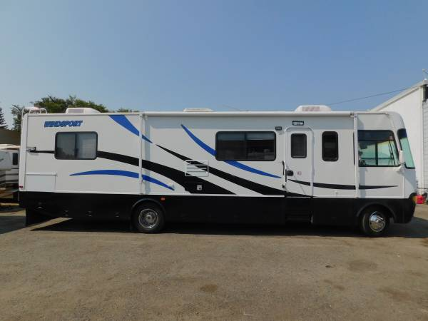 Photo RV THOR WINDSPORT 35 CLASS A quotCLASS C LICENSEquot MOTORHOME W SLIDEOUT - $29,900 (GOLD COUNTRY RV)
