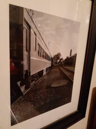 Photo Railroad themed black and white photo - $25 (North Sacramento)