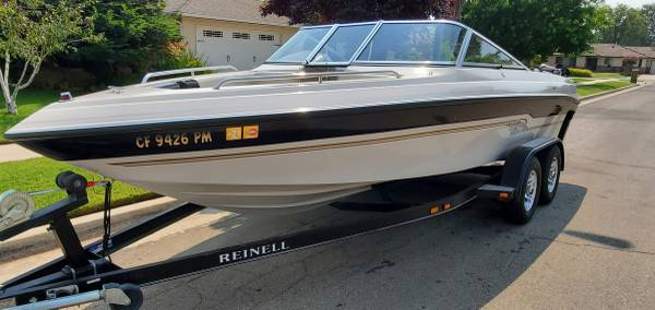Photo Reinell Open Bow Family Boat - $17,500 (Rocklin)