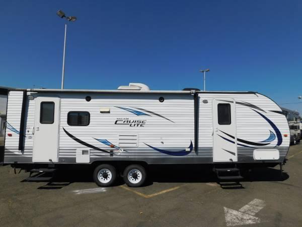 Photo SALEM CRUISE LITE 27 REAR LIVING TRAVEL TRAILER W SUPER SLIDE - $18,500 (GOLD COUNTRY RV)