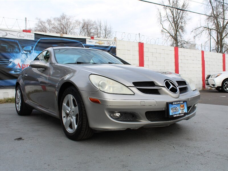 Photo Used 2007 Mercedes-Benz SLK 280  for sale