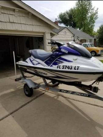 Photo Yamaha Jet ski and Jetovator - $4000 (Sacramento)