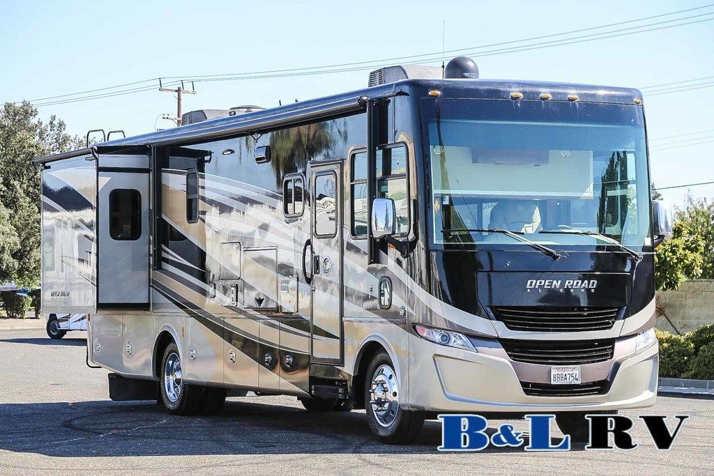 Photo Used 2018 Tiffin Motorhomes Class A RV  $139898