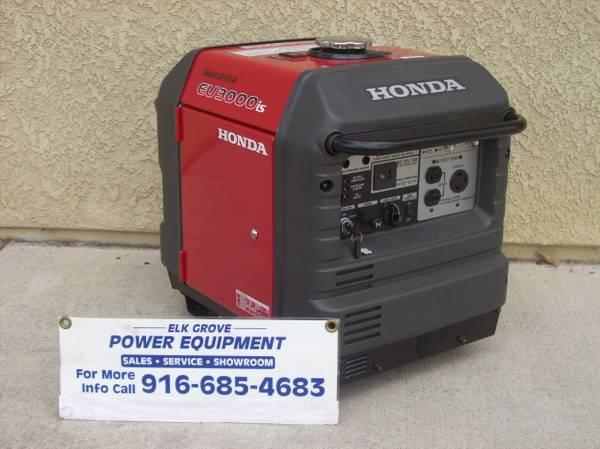Photo new Honda eu3000is generator (10288 iron rock way)