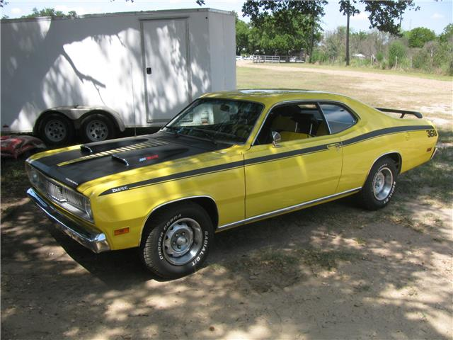 Photo 1970 Plymouth Duster