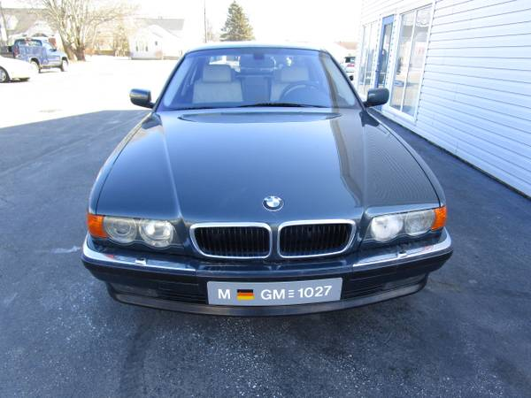 Photo 2000 BMW 740IL - $4950 (TRICITIES)