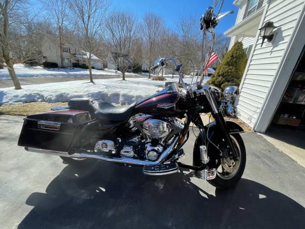 Photo 2005 Harley Davidson Road King - $9,500 (Brighton)