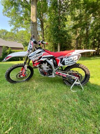 Photo 2009 Yamaha YZ250F - $4,500 (Midland)