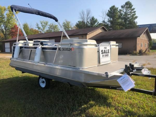 Photo 2019 Paddle King Pontoon - $12,500 (Midland)