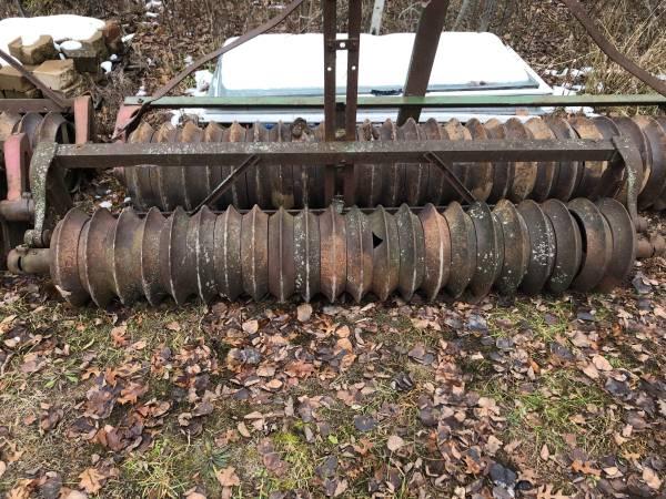 Photo 7 cultipacker - $700 (Bentley)