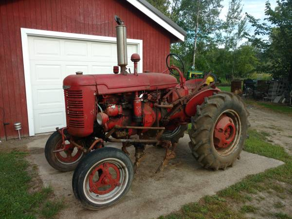 Photo Farmall A - $1,500 (BEAVERTON)