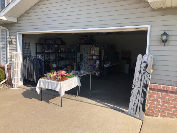 Photo Garage sale in freeland (Freeland)