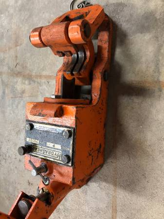 Photo Hydrashear model p Wire rope cutter 1 18 capacity - $150