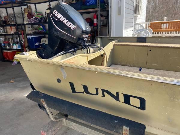 Photo Lund Alaskan - $8,600 (Clare)
